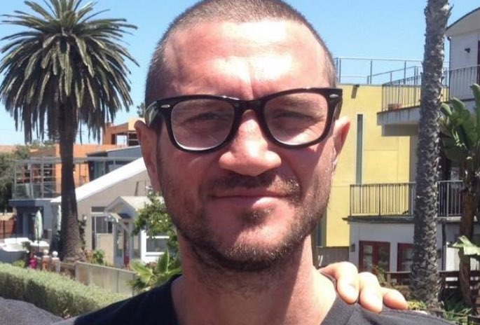 Red Hot Chili Peppers' John Frusciante Returns With Pop ...