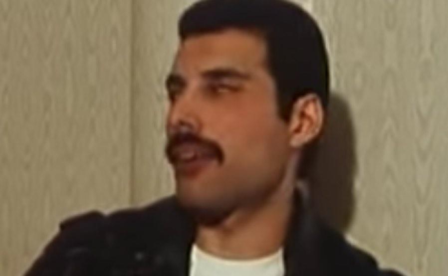 Freddie Mercury Fat Photo Revealed By Mother Alternativenation Net